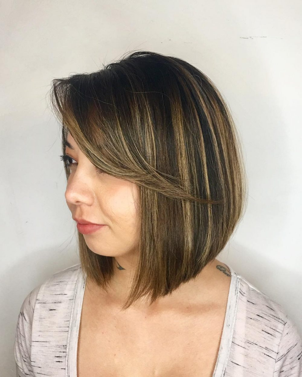 28 Most Flattering Bob Haircuts for Round Faces