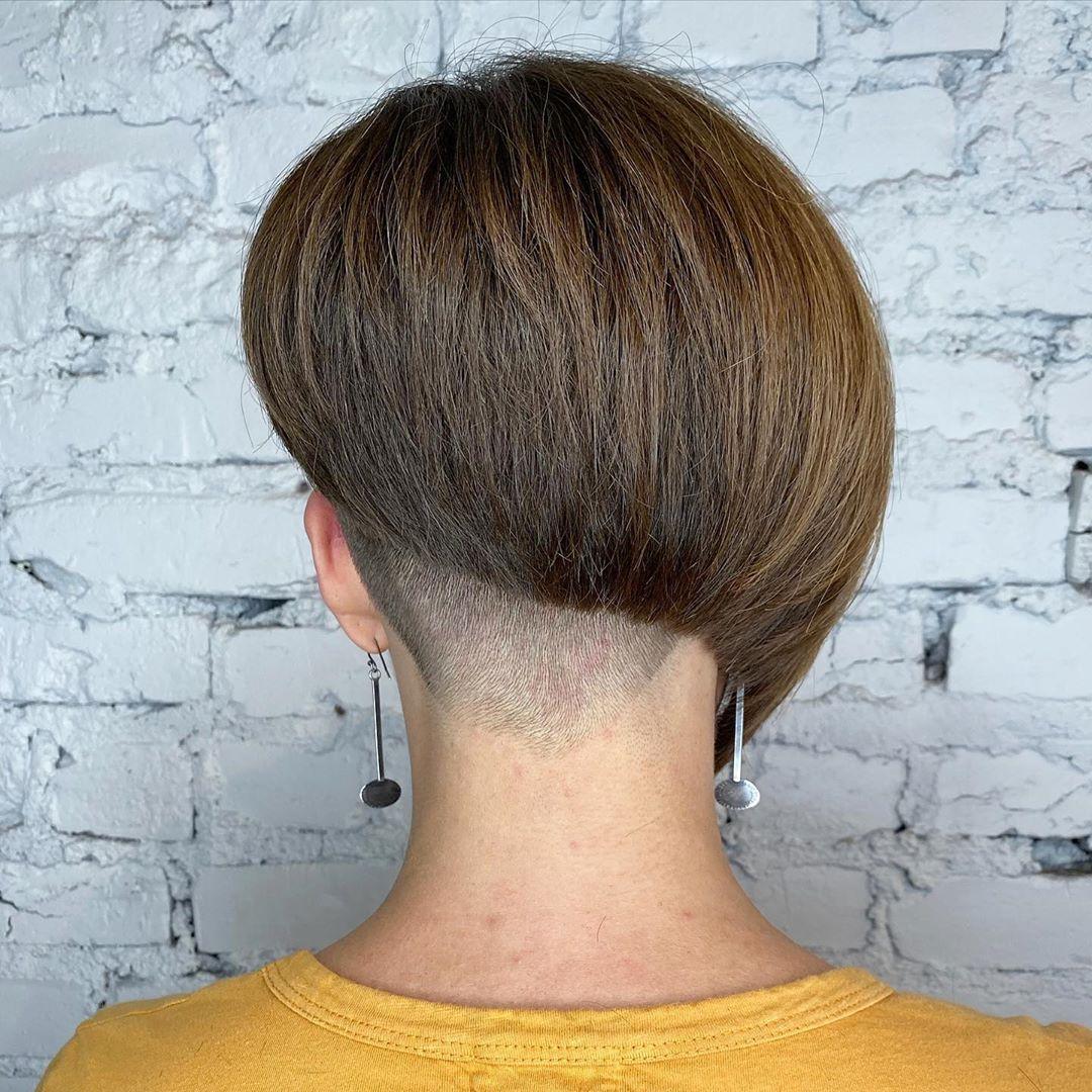 17 Most Striking Asymmetrical Haircut Ideas for A Modern, Edgy Look
