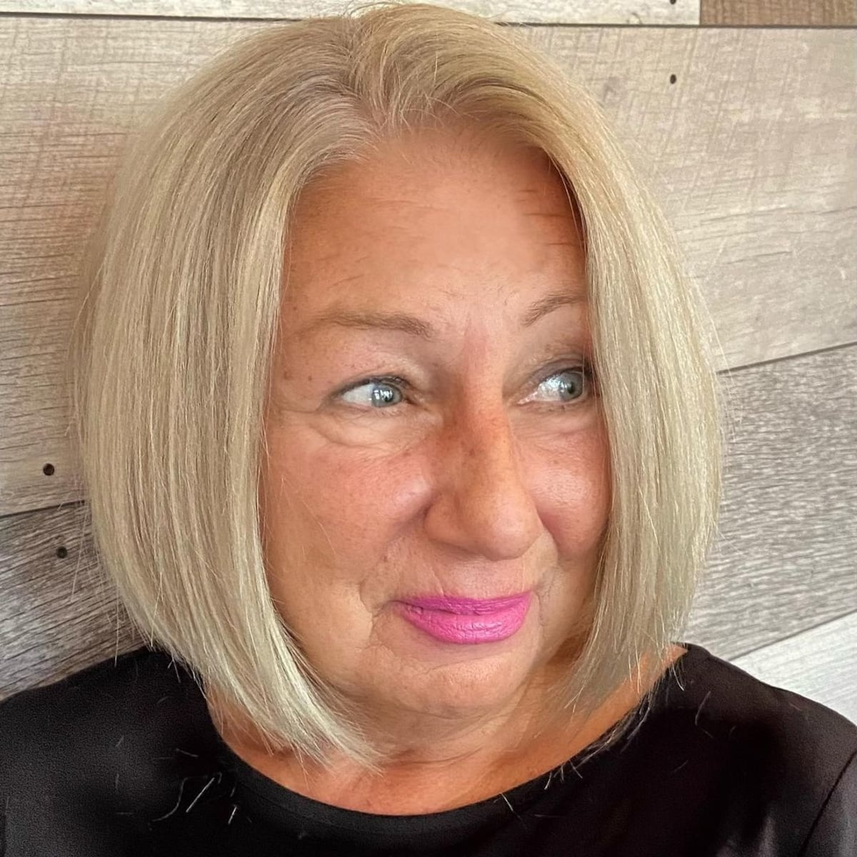 19 Flattering Hairstyles for Women Over 60 with Round Face Shapes