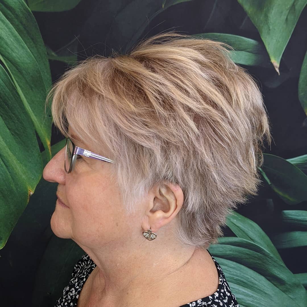 39 Youthful Hairstyles for Older Women