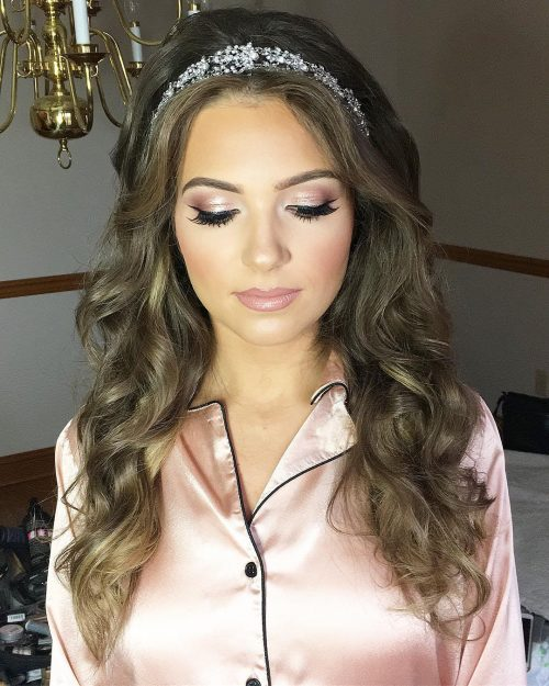 22 Perfectly Gorgeous Down Hairstyles for Prom