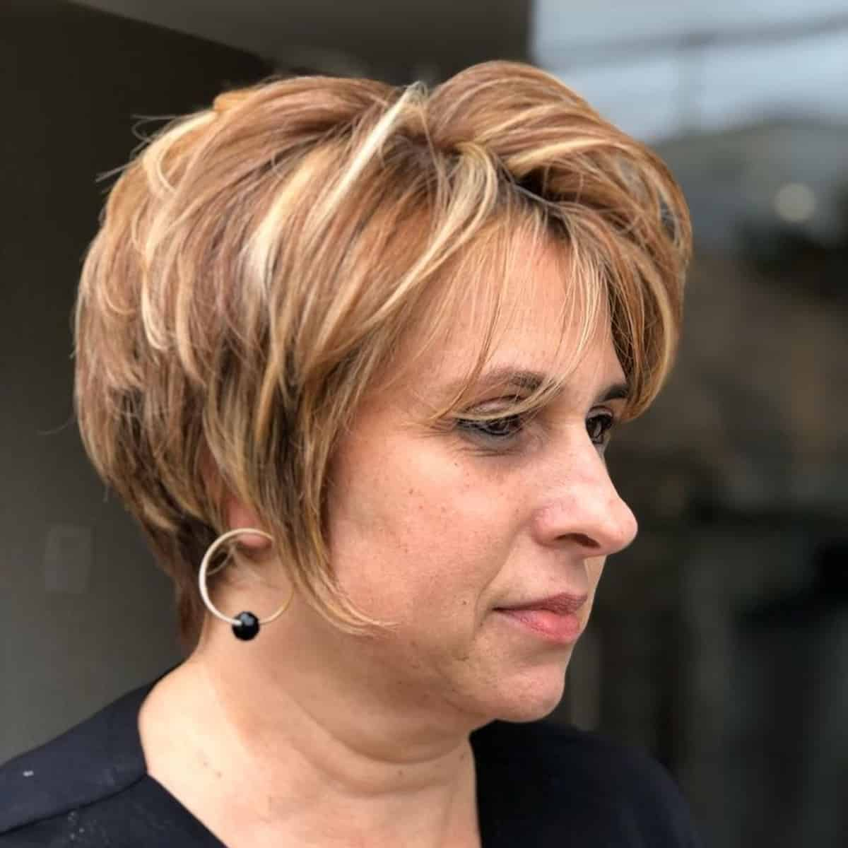 21 Modern Layered Bob Haircuts for Women Over 50 to Take Years Off