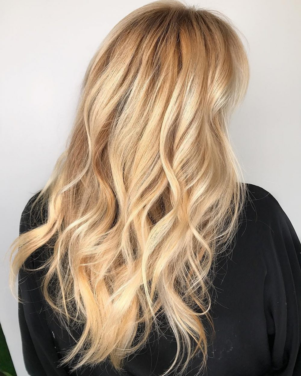 35 Gorgeous Hairstyles for Long Blonde Hair