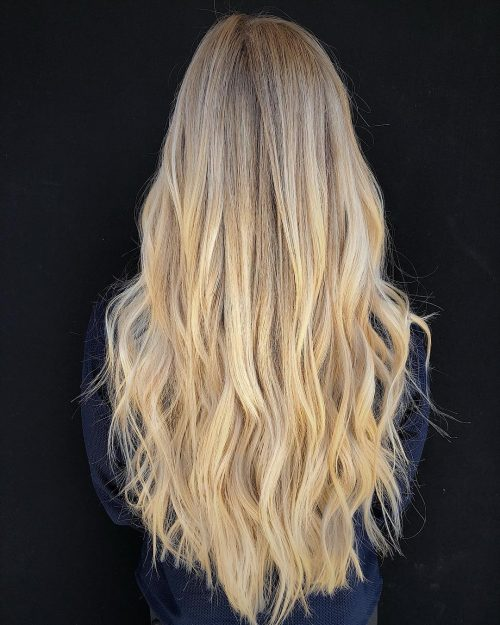 24 Long Wavy Hair Ideas That Trending Right Now