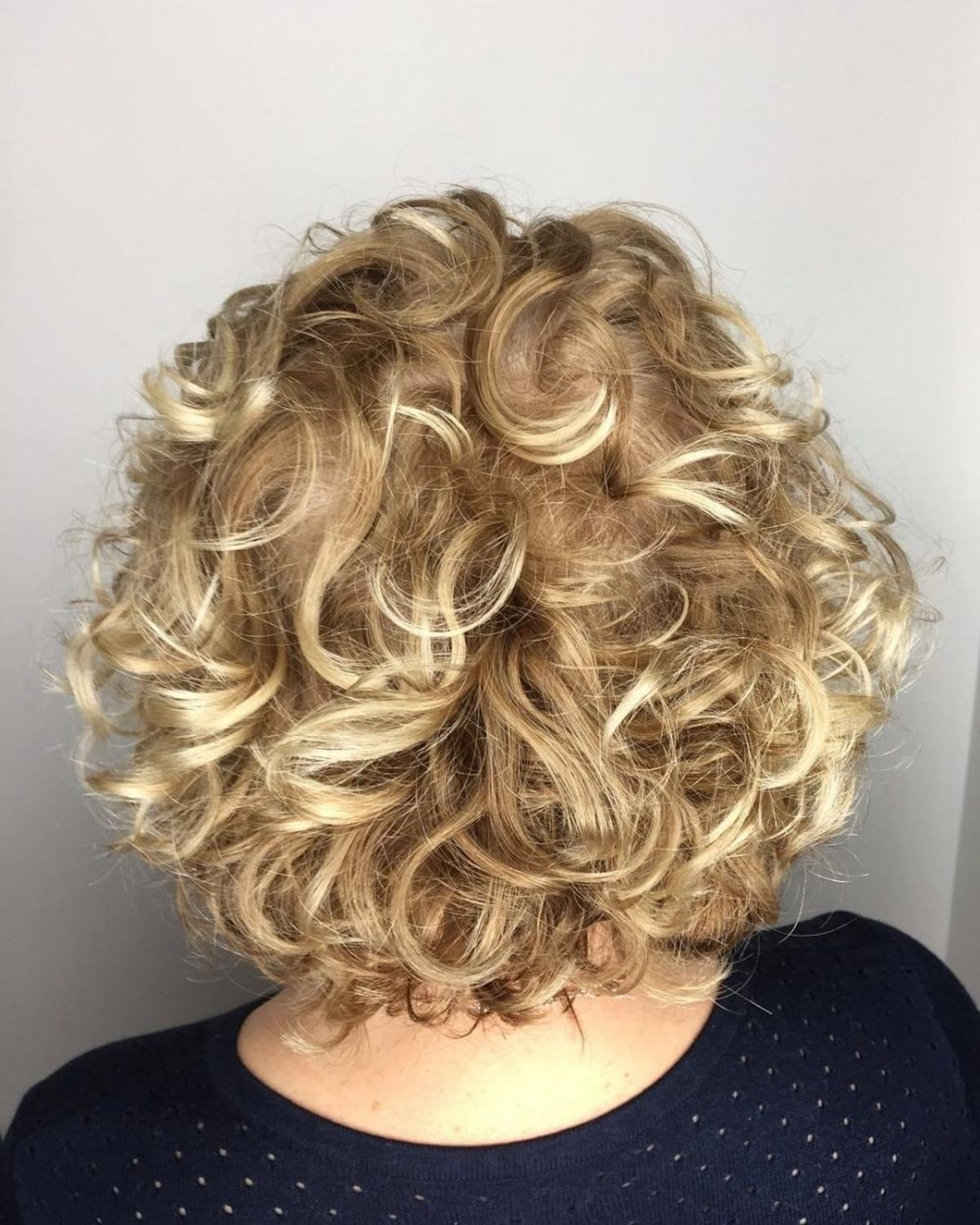 17 Modern Perm Hair Ideas That Are Starting to Trend Right Now