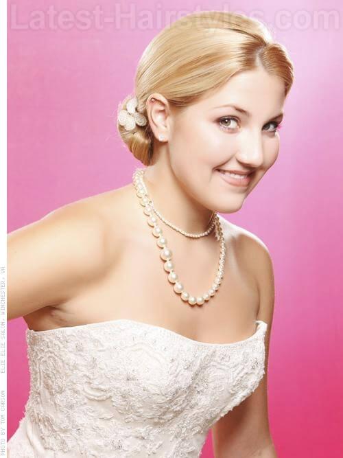 32 Cutest Prom Hairstyles for Medium Length Hair
