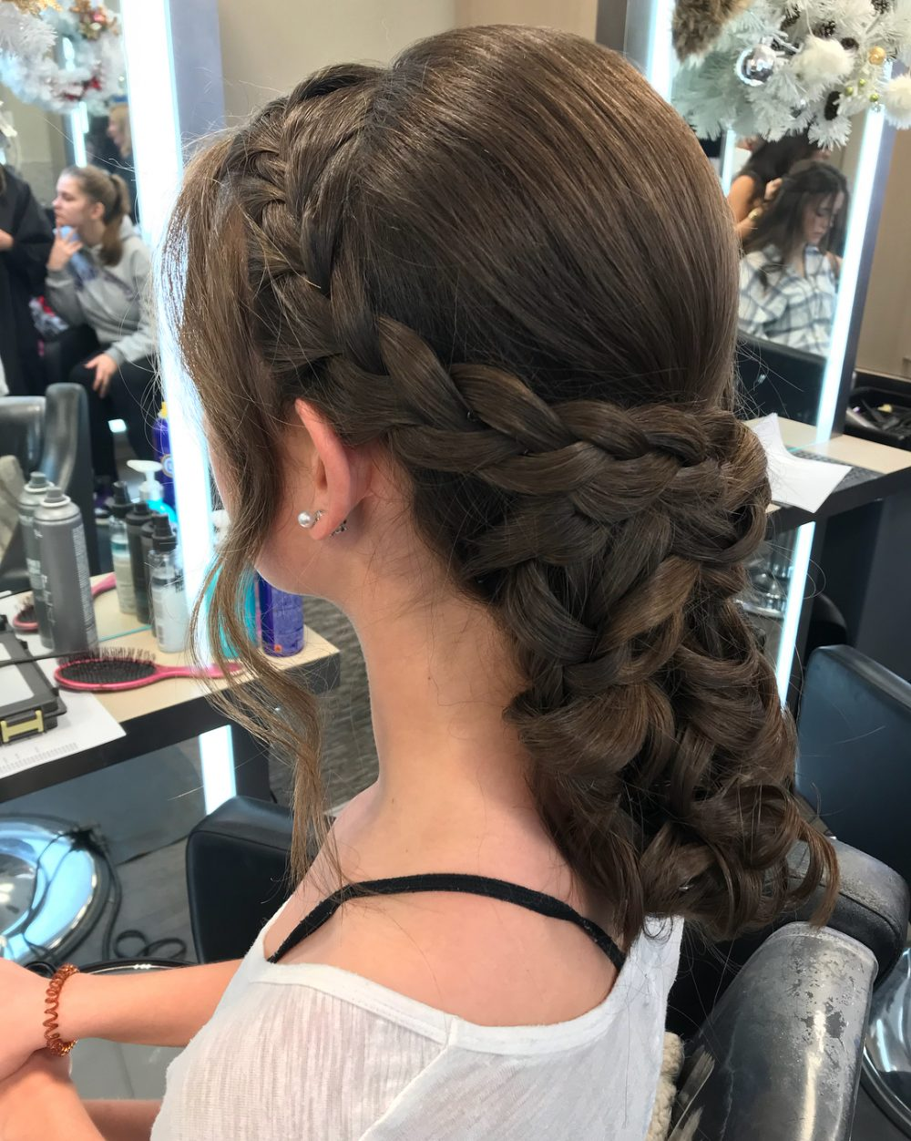 23 Cute Prom Hairstyles Guaranteed to Turn Heads This Year!