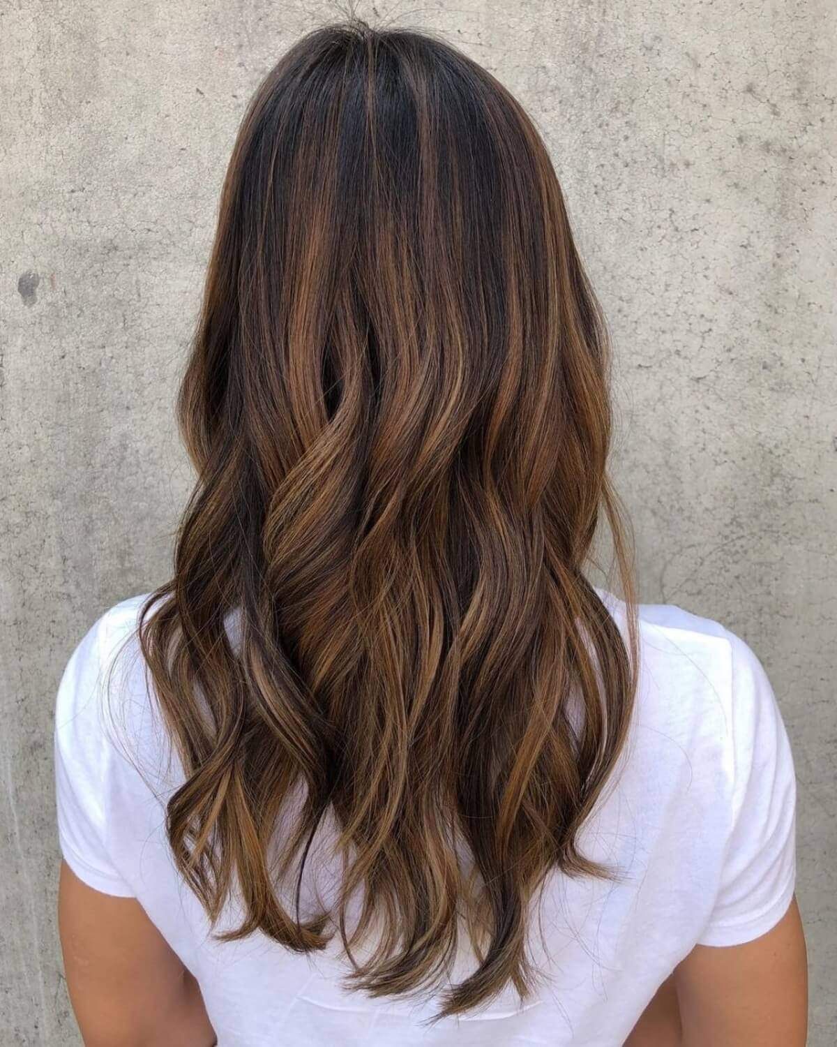 21 Amazing Ways to Get Sandy Brown Hair to Freshen-Up Your Dull Locks