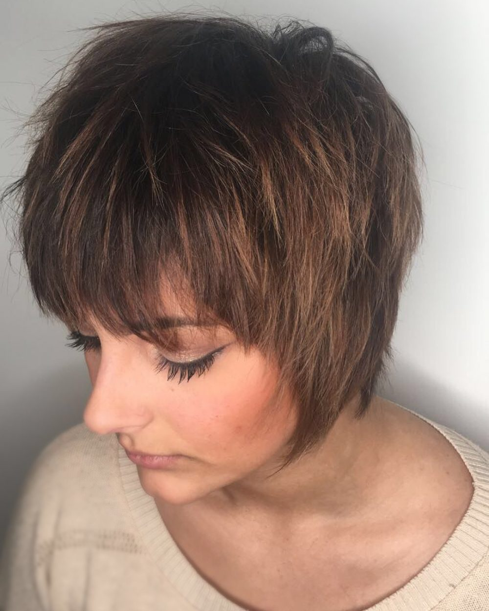 Top 27 Short Shag Hairstyles & Haircuts Right Now