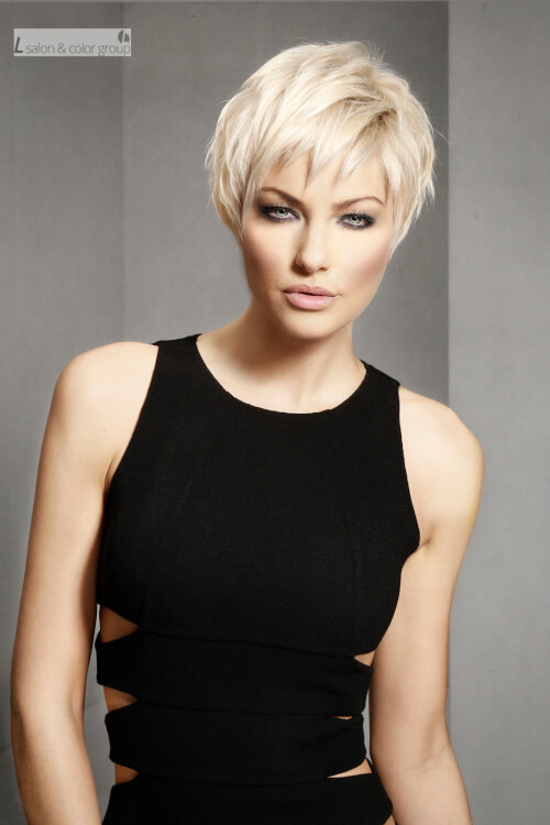 42 Stylish and Sexy Short Hairstyles & Haircuts for Women Over 40
