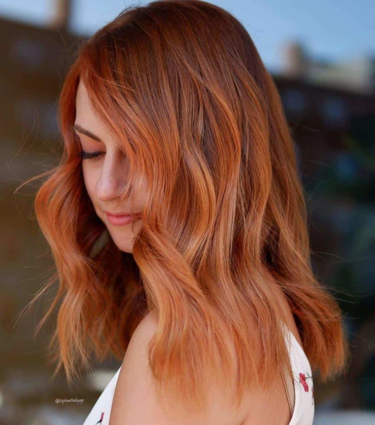 25 Trendy Ways to Pair Red Hair with Highlights