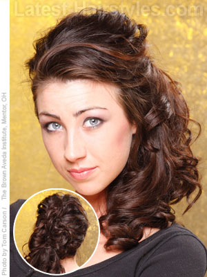 14 Cute & Romantic Side Ponytail Ideas for Long Hair