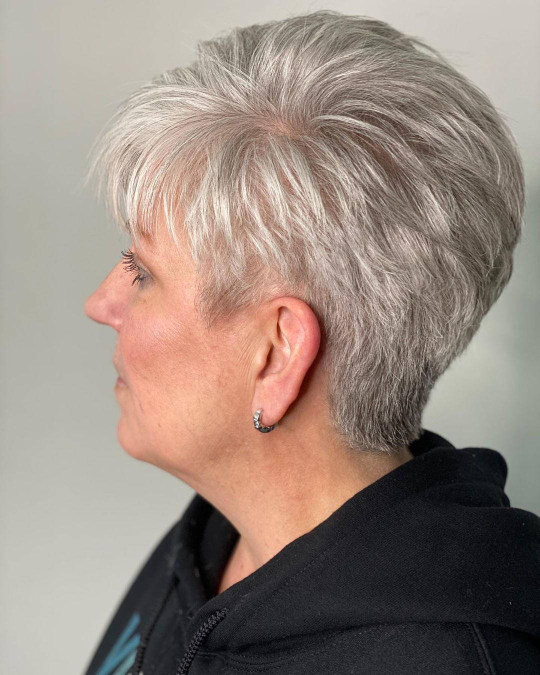 17 Trendiest Pixie Haircuts for Women Over 50