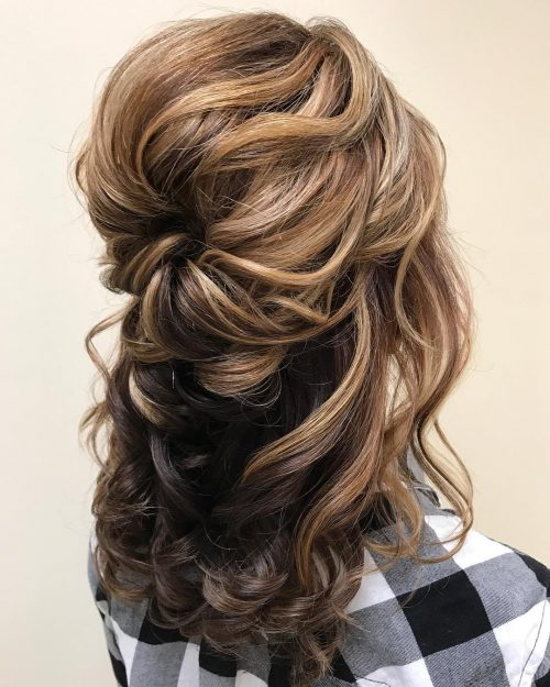 The 26 Most Elegant Mother of the Bride Hairstyles You'll Ever See