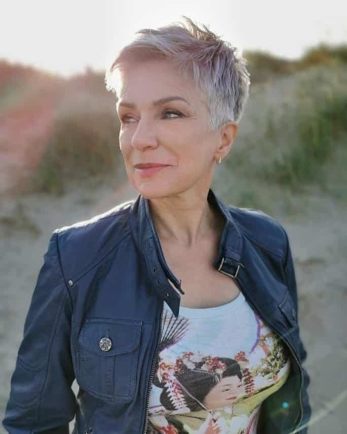 16 Best Pixie Haircuts for Older Women