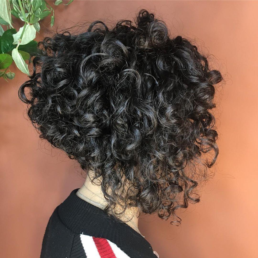 16 Swing Bob Haircuts Making a Come Back