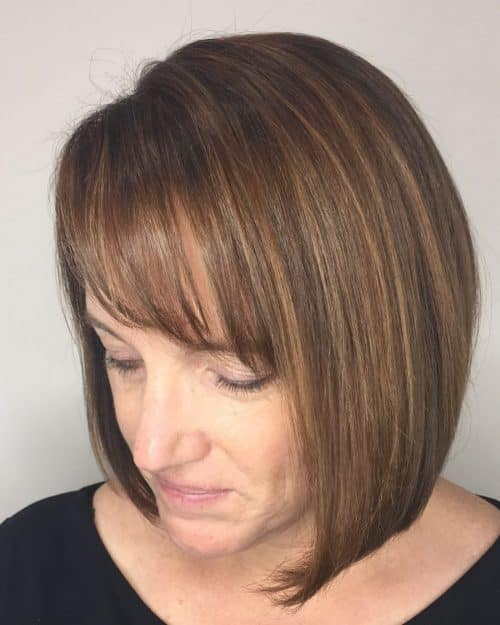 18 Flattering Hairstyles for Women Over 40