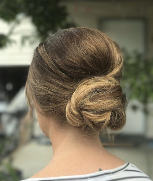 28 Cute & Easy Updos for Long Hair You Have to See!