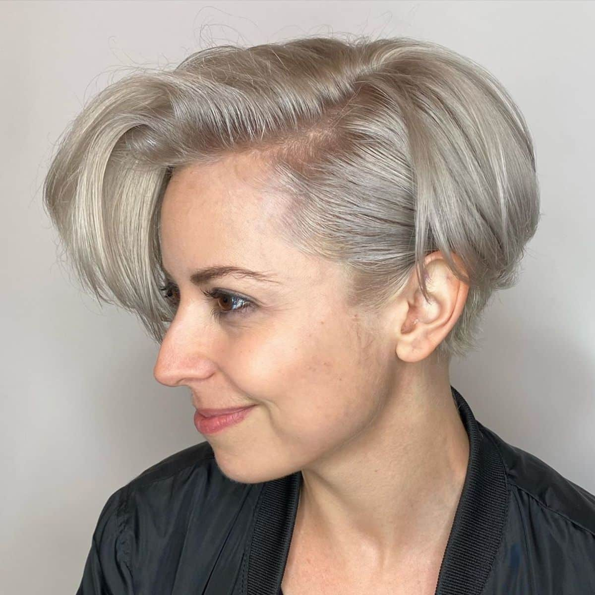 27 Trendiest Ways to Have a Short Blonde Bob Right Now